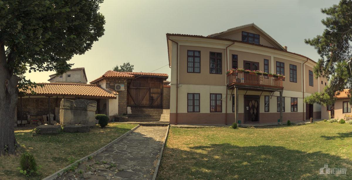 """Къща музей """"Алеко Константинов"""" – Свищов"""
